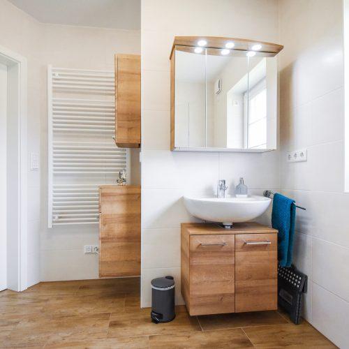 ferienhaus-badezimmer-eg-1