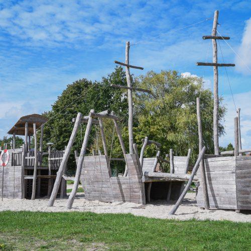 ferienhaus-privatbucht-strandbar-badesee-4