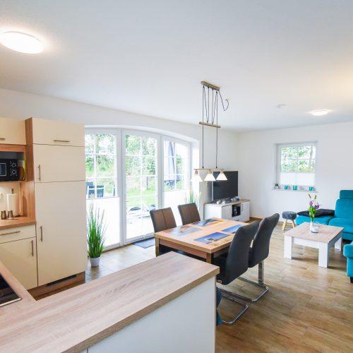 ferienhaus-wohn-essbereich-kueche-2
