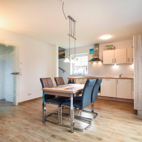 ferienhaus-wohn-essbereich-kueche-4