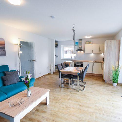 Wohnzimmer / Essküche